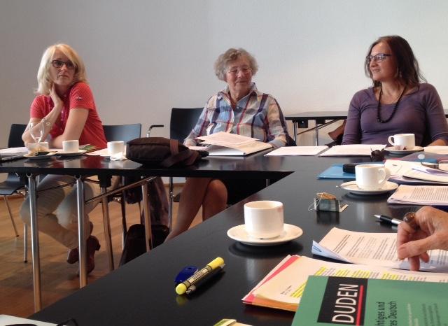 Heike Baryga, Hedwig von Bülow en Bettina Bach aan het werk
