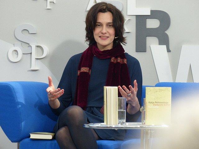 Katja Petrowskaja (© Das Blaue Sofa / Club Bertelsmann)