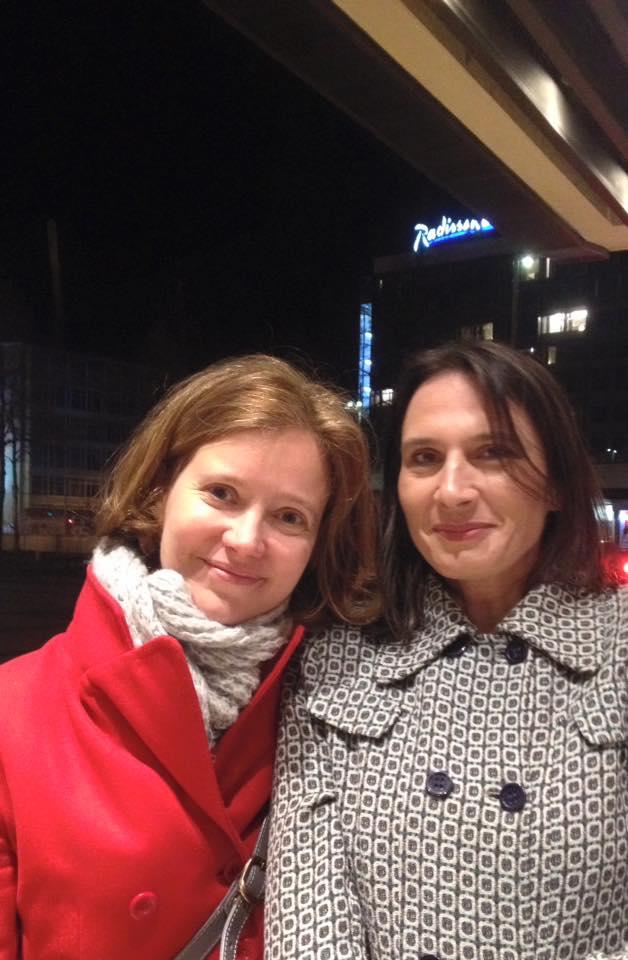Bettina Baltschev en Anja Kösler van 'Leipzig liest' voor het Gewandhaus