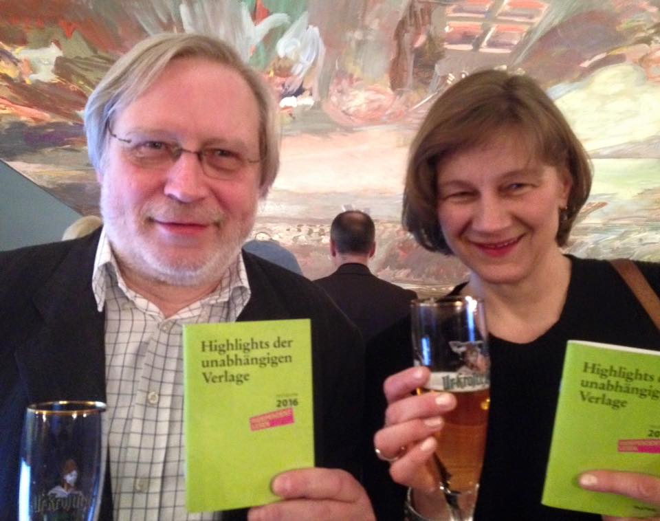 Ulrich Faure van Buchmarkt met Katrin Lange van het Literaturhaus München